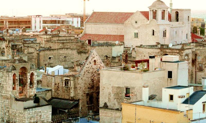Furti d'arte, bilancio 2020 dei Carabinieri in Puglia. Tra i beni recuperati anche uno stemma araldico rubato a Bisceglie