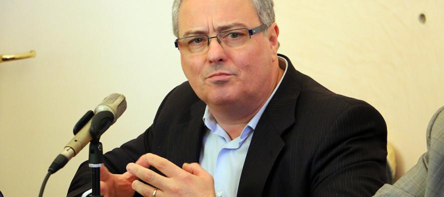 Napoletano: «Con 43 punti di debiti fuori bilancio ecco convocato il Consiglio comunale dei morti»