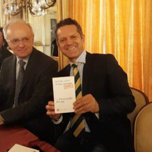 L'attore biscegliese Losapio insieme con il magistrato Piercamillo Davigo