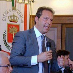 """Cons. Com., Spina: «Delibera """"165"""" in conflitto di interessi, è illegittima. Dimissioni o revoca delega per Ass. Storelli?»"""
