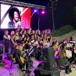 """Molfetta – sabato 19 settembre """"Note di mezza estate"""" con l'orchestra """"Fa Mi Fa Re"""" all'Anfiteatro di Ponente"""
