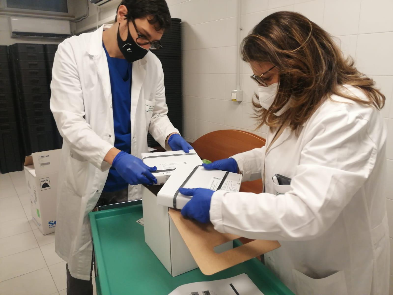 Vaccino Covid: consegnate le prime dosi alla Asl-Bat (IL VIDEO)