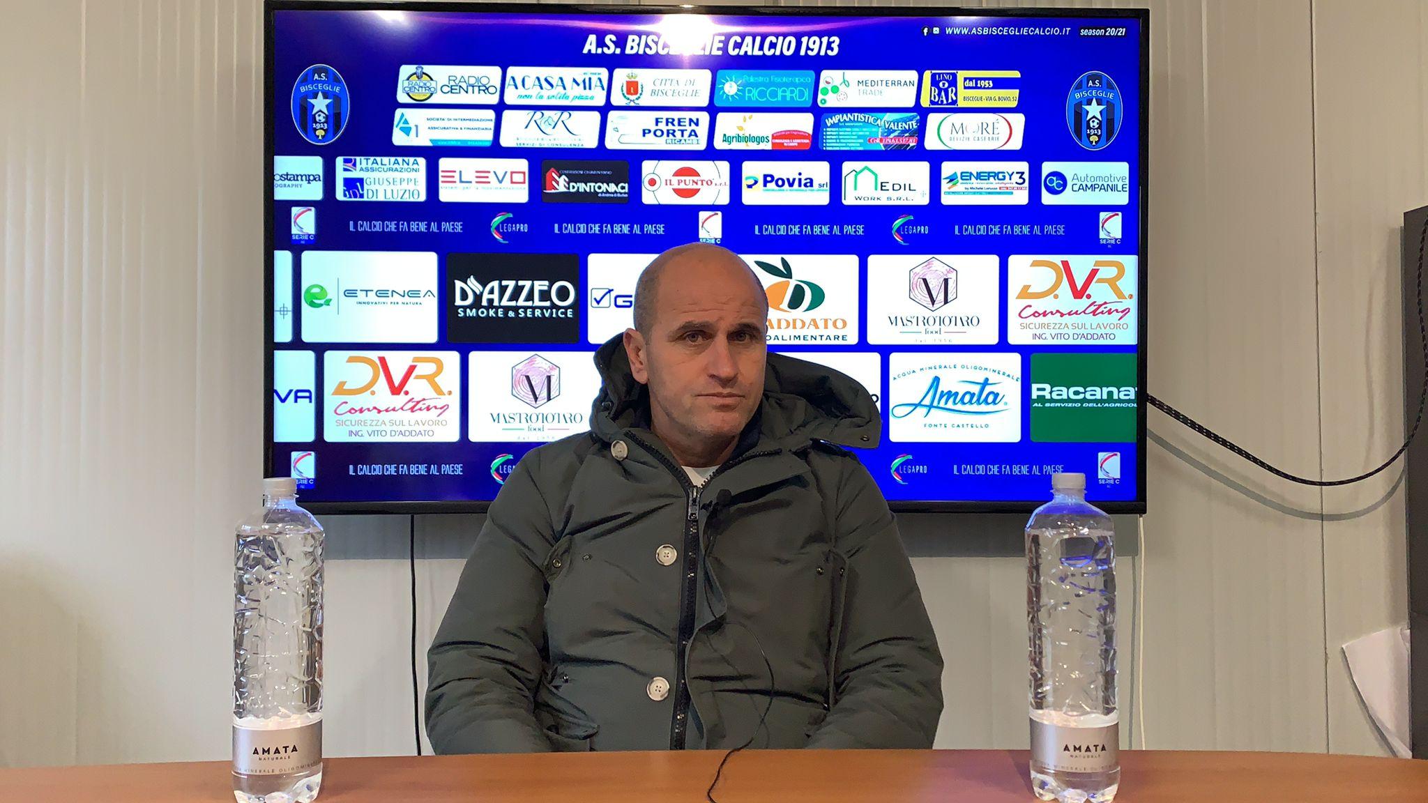 """Bisceglie Calcio, Bucaro: """"Fare le partita con le armi a disposizione per metterli in difficoltà"""""""
