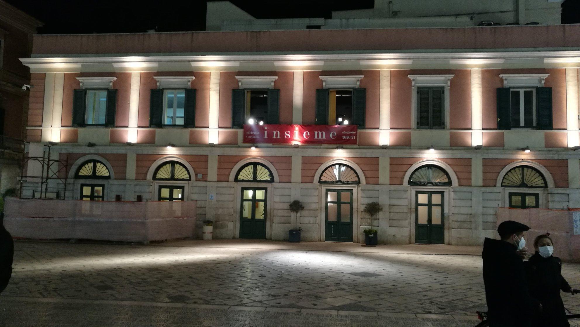 """Sindaco Angarano: anche Bisceglie, con il Sistema Garibaldi, ieri ha aderito a """"Facciamo luce sul teatro!"""""""