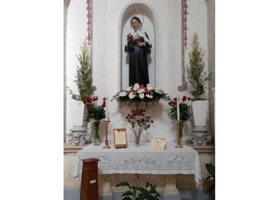 Bisceglie – Santa Rita, la Santa della Rosa e della Spina – Parrocchia S. Adoeno