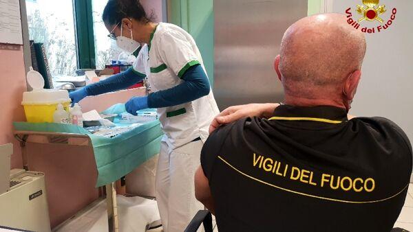 Covid, Cgil: anche nella Bat è stata avviata la campagna vaccinale per i Vigili del fuoco