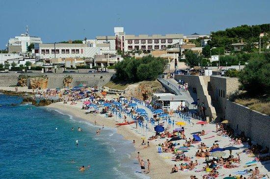 Ok a nuova ordinanza balneare Puglia, 300mila euro ai 67 comuni costieri: le domande entro il 28 maggio
