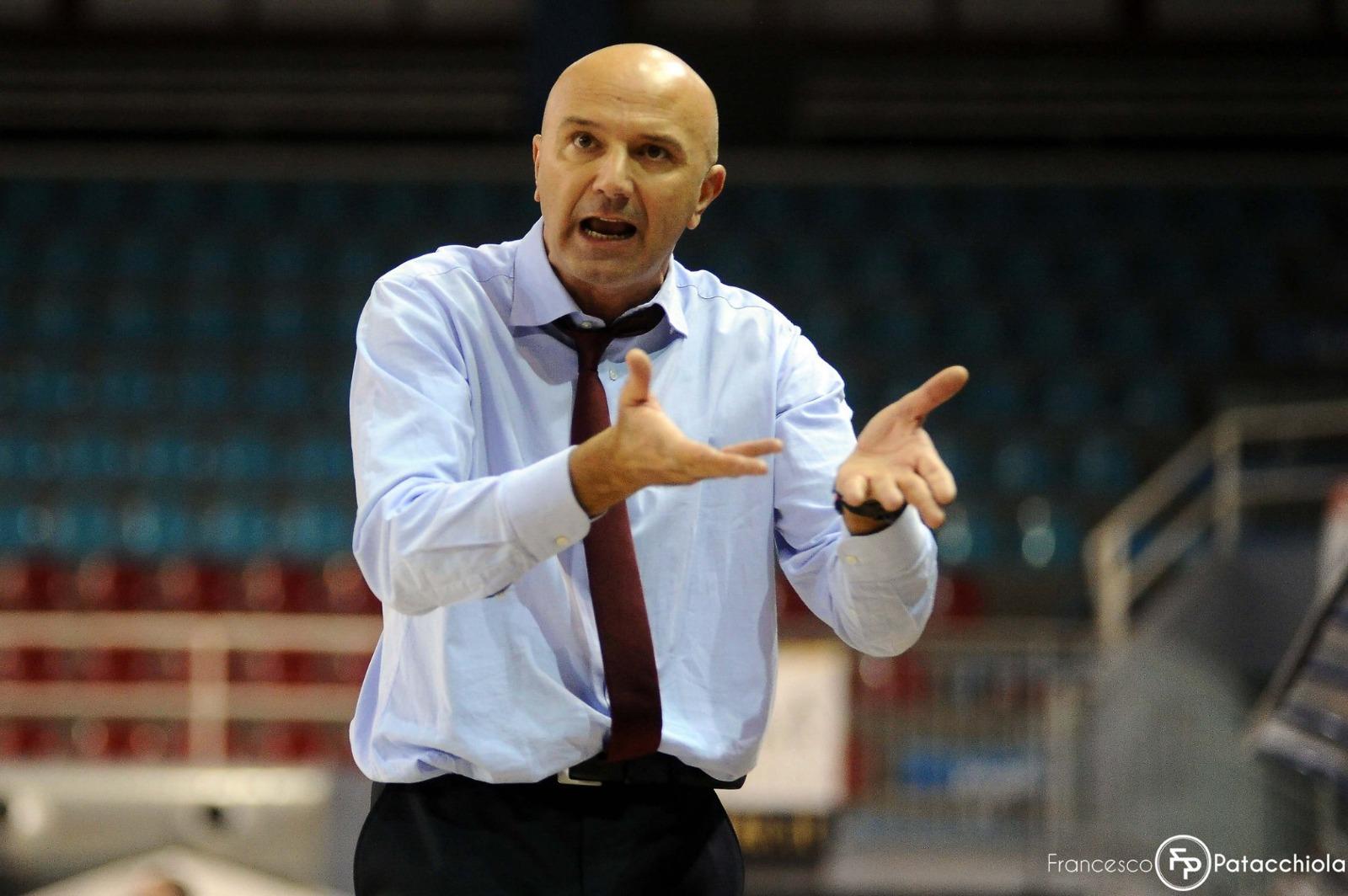 I Lions Bisceglie  si affidano a coach Luciano Nunzi