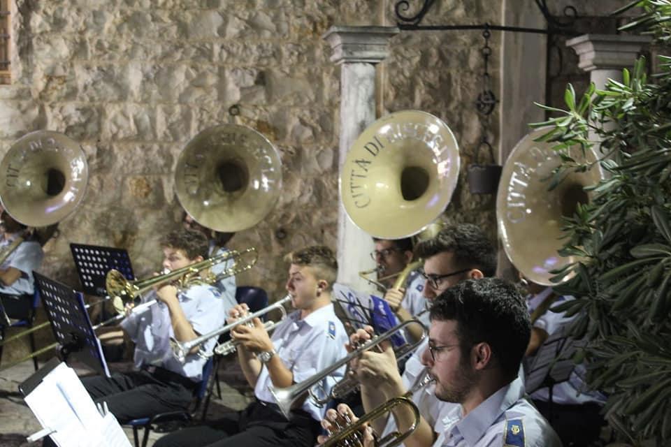 """Associazione """"I Fiati"""": martedì 14 il concerto in onore dei Santi Patroni"""